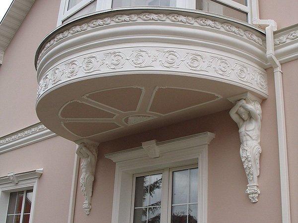 украшение фасада лепниной