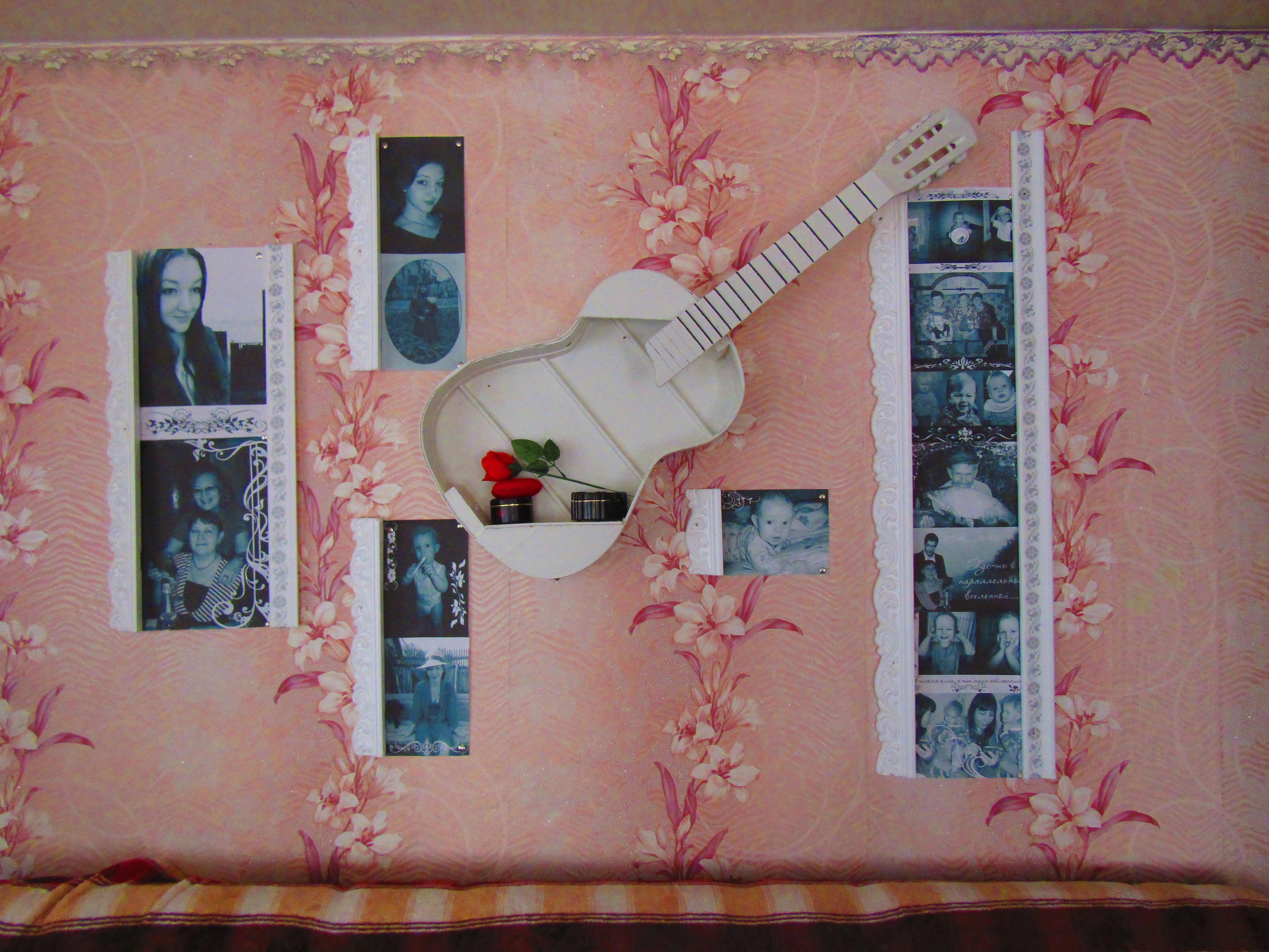 декор из гитары и плинтусов своими руками